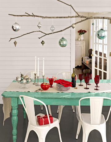 Red and Aqua christmas - Country Living